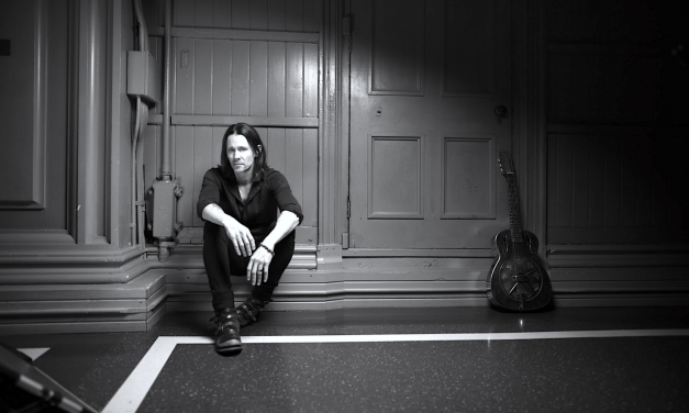 "Myles Kennedy: The Inspiration Behind ""Year of the Tiger"""